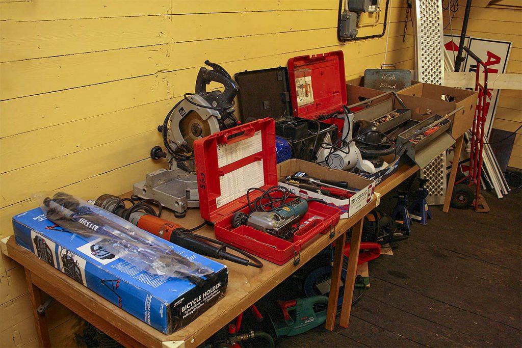 Diverse verktyg.